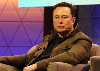 Elon Musk fascista confinamiento coronavirus