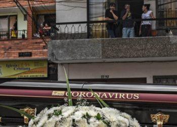 Muerto en Colombia por COVID-19 que no salió de casa