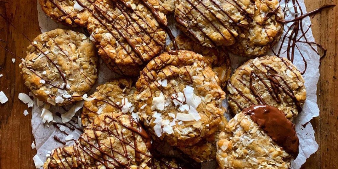 Galletas de avena y coco, un snack o merienda saludable