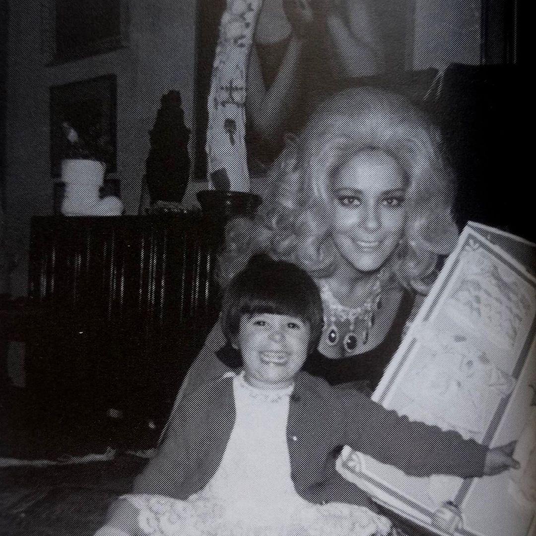 Alejandra Guzmán junto a su madre Silvia Pinal