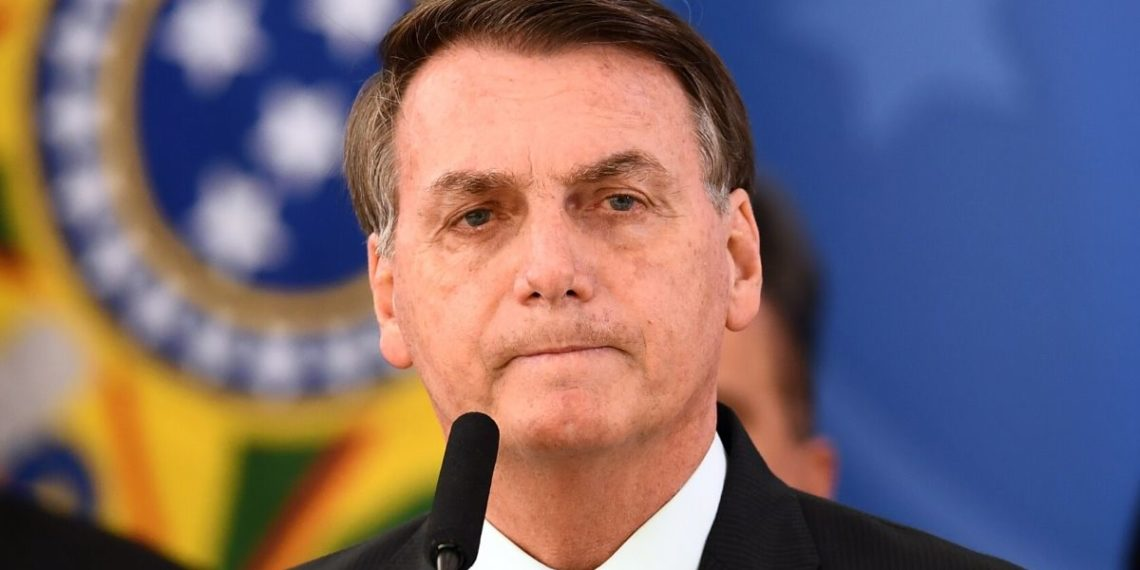 Bolsonaro acusado