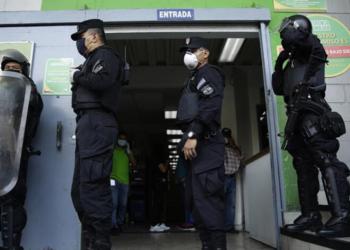 Presidente de El Salvador ordena uso de fuerza letal contra pandilleros