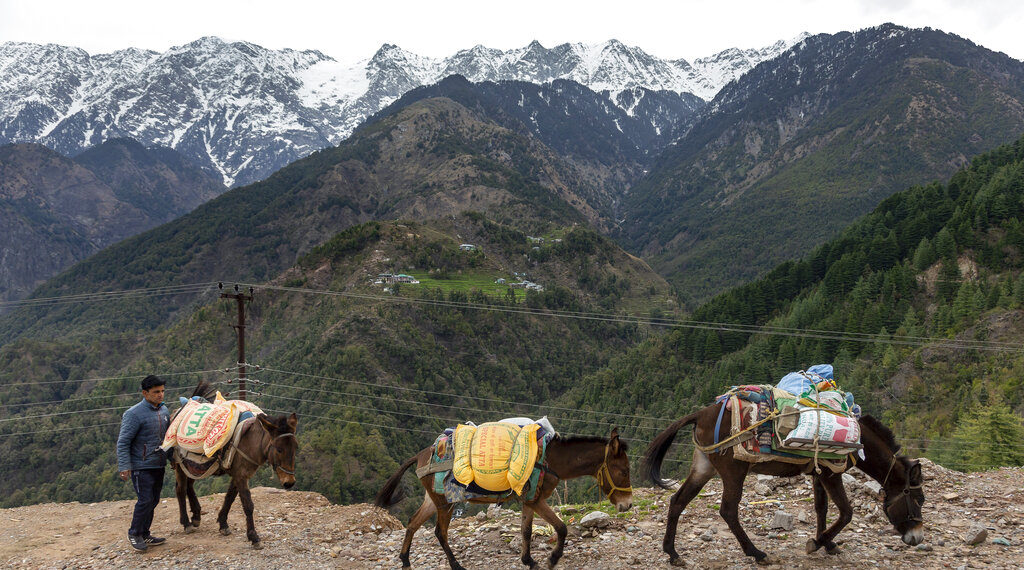 Reaparece el Himalaya en el horizonte. Foto: AP
