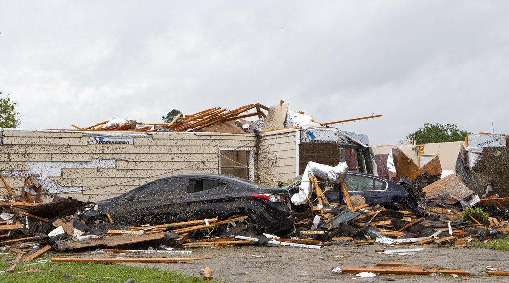 Tornados al sur de Estados Unidos ya dejan al menos 11 muertos. Foto: AP