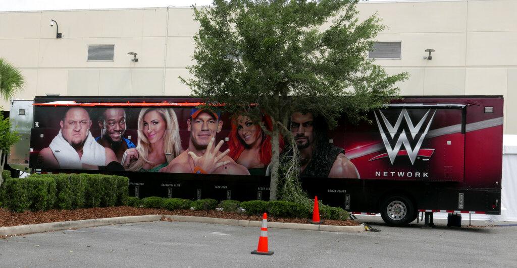 WWE hace ola de despidos de luchadores debido a recortes presupuestarios por coronavirus