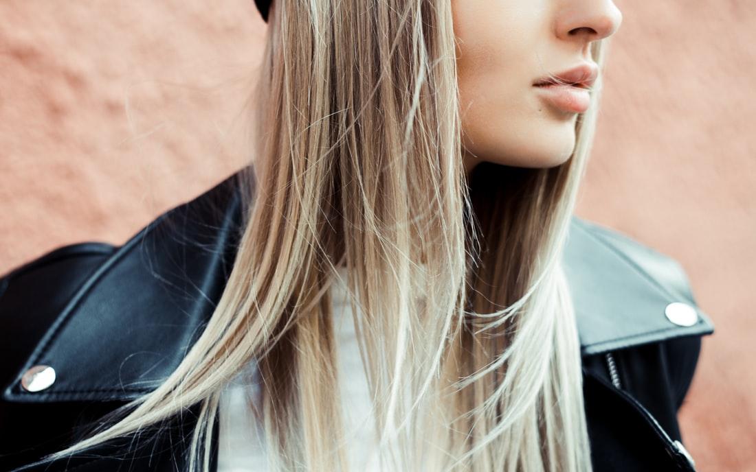 tratamientos caseros para alisar el cabello