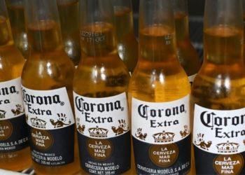El Grupo Modelo de México, suspende temporalmente la producción de cerveza Corona