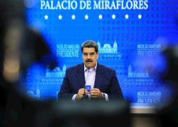 Maduro anuncia aumento en el precio de la gasolina