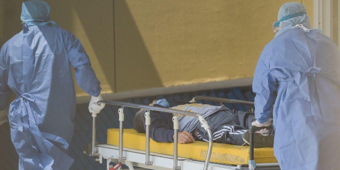 Hospital mexicano saturado alquiló camión refrigerador para muertos por COVID