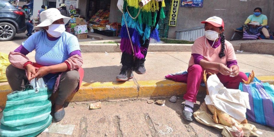 Se disparan cifras de feminicidios y violencia contra menores por el confinamiento en Perú