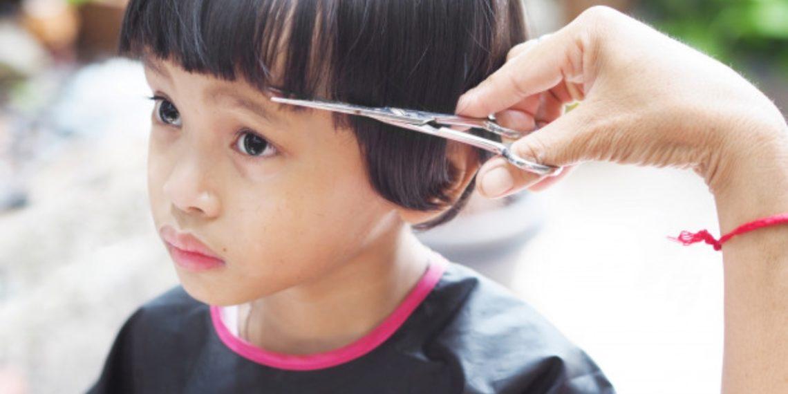 Cómo cortar el cabello a un niño