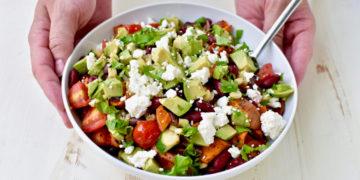 Ensalada de aguacate: una cena o almuerzo saludable