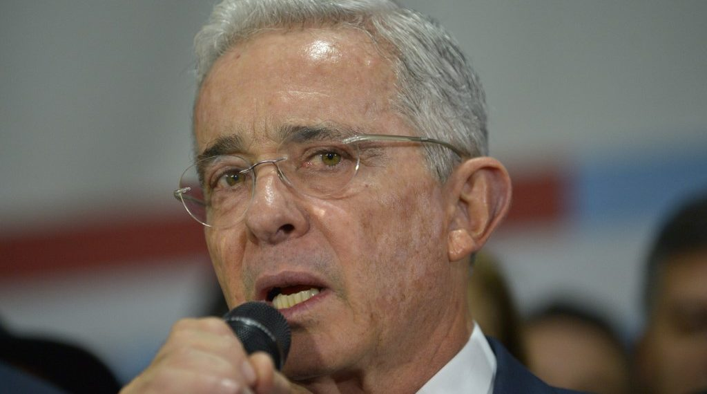 Documental de Álvaro Uribe