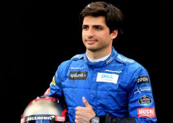 Cada vez más son las voces que hablan de Carlos Sainz con Ferrari