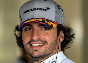 El junte de Carlos Sainz con Ferrari iniciará en 2021