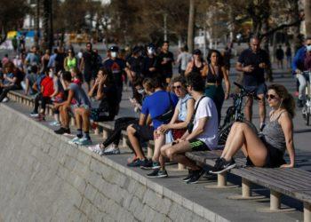 Personas de toda España salen a pasear