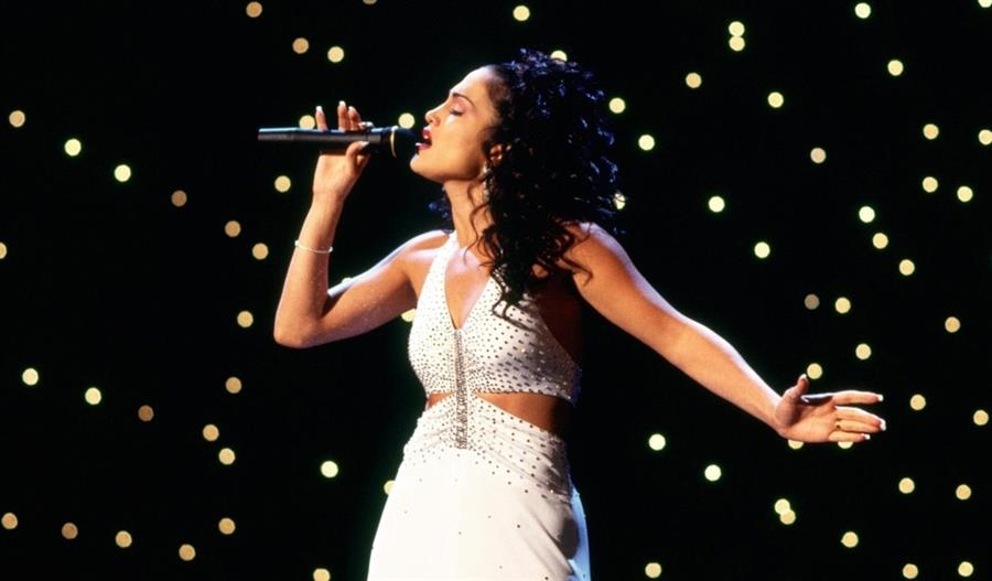 Jennifer Lopez como Selena