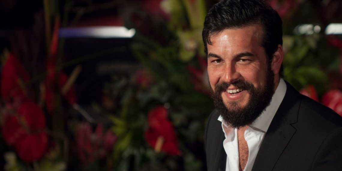 Mario Casas sorprende con baile en redes