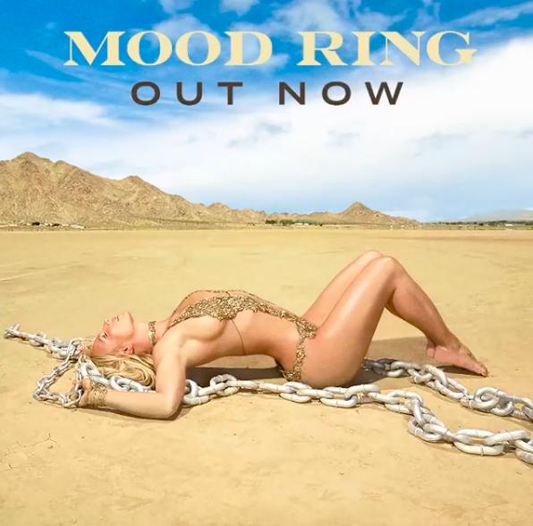 portada de Mood Ring de Britney Spears