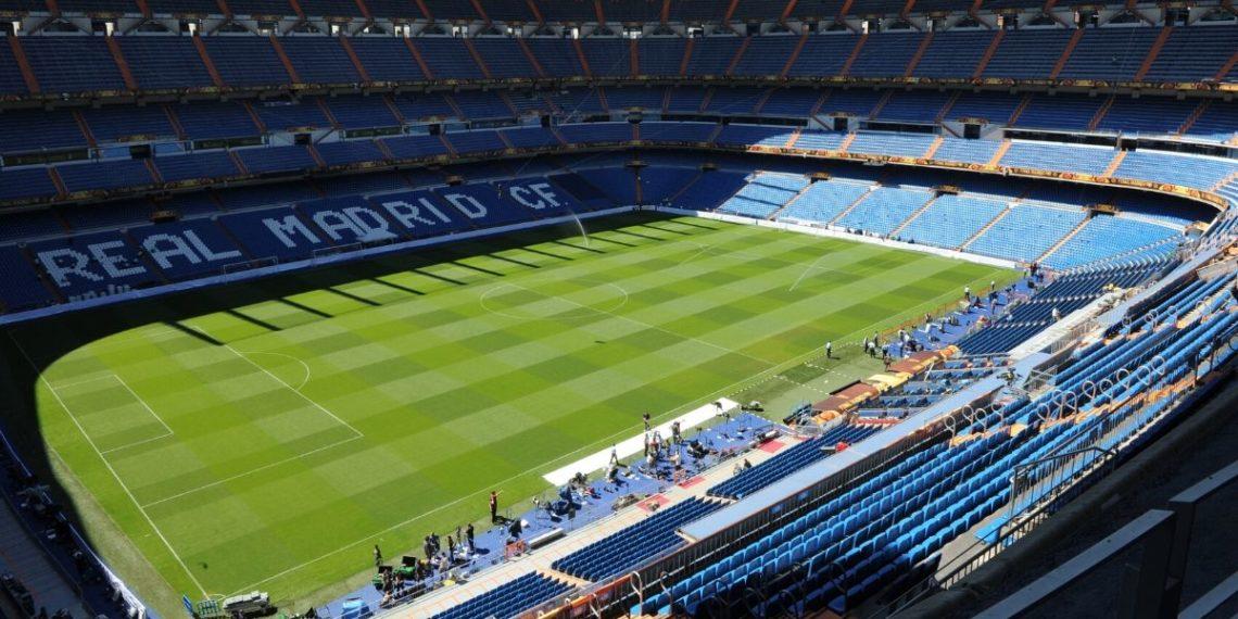 La vuelta del fútbol español será por televisión y no en el estadio, dice Pedro Sánchez