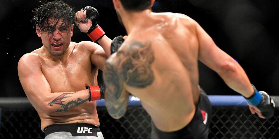 La terrible lesión en la pierna que sufrió el mexicano Gabriel Benítez en UFC