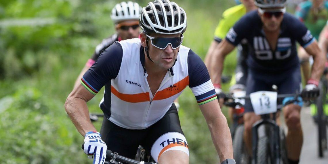 ¿Cáncer de Lance Armstrong relacionado al dopaje? El exciclista no lo descarta