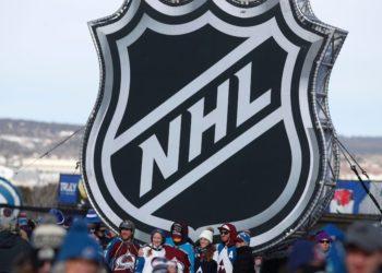 Deporte en Estados Unidos reacciona con regreso del hockey sobre hielo