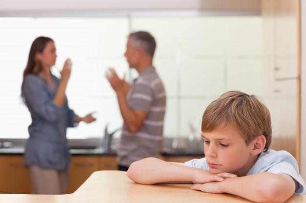 Consecuencias de pelear frente a los hijos