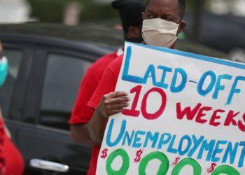 Sorpresiva baja de 13,3% en el desempleo de EE.UU. para mayo