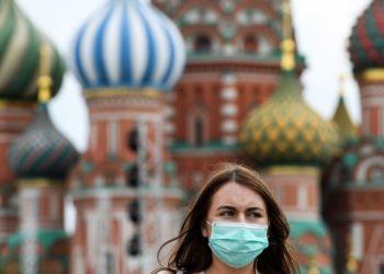 Rusia anuncia reapertura parcial de fronteras y el fin de confinamiento en Moscú