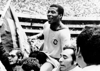 El cuarto tanto de Brasil en esa final es considerado un hito histórico de los mundiales