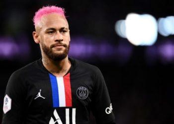 Neymar denunciado por homofobia