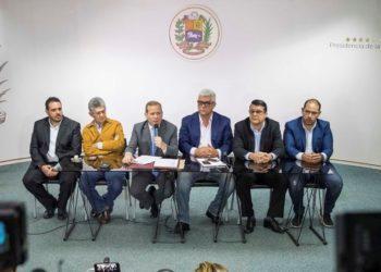 Oposición venezolana farsa