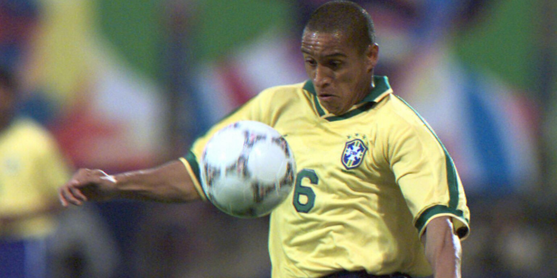 El gol de Roberto Carlos a Francia cumple 23 años