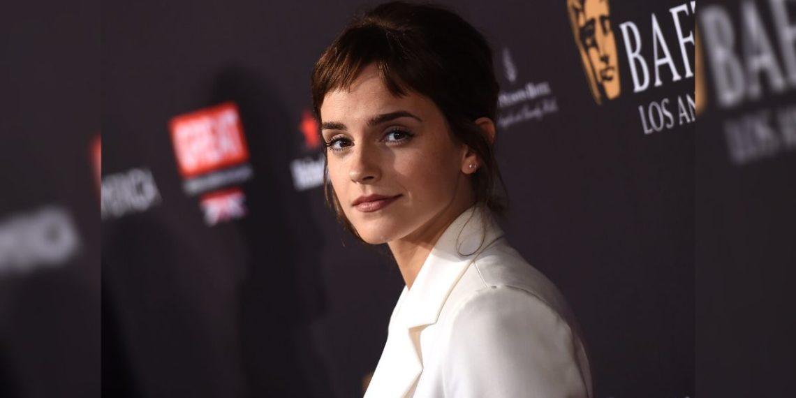 La actriz Emma Watson llega para la fiesta del té de la temporada de los Premios BAFTA Los Ángeles. Foto: AFP