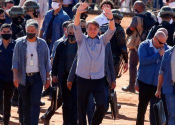 Jair Bolsonaro amenaza salir de OMS