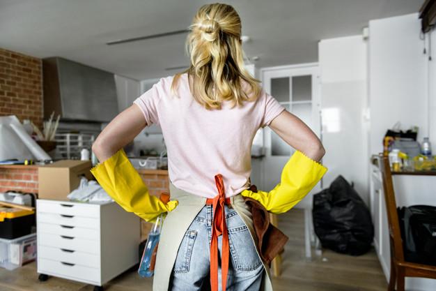 limpian la casa