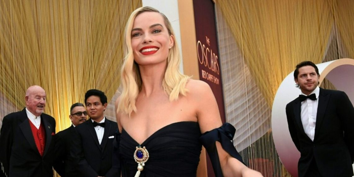 Margot Robbie piratas