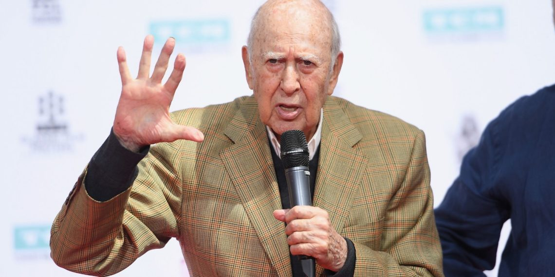 Muere el actor Carl Reiner