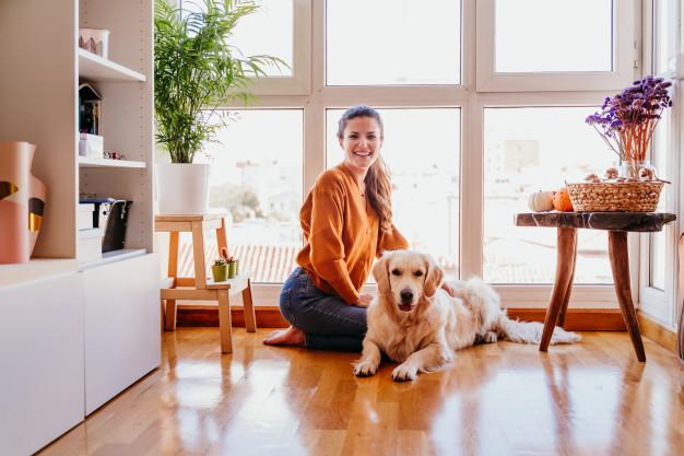 mujer en el hogar