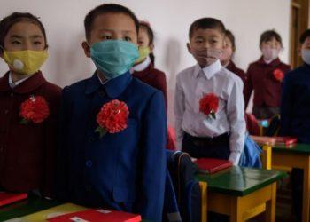 Niños Corea del Norte