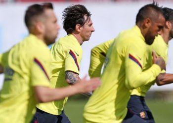 Messi vuelve a entrenamientos con el grupo y jugará contra el Mallorca