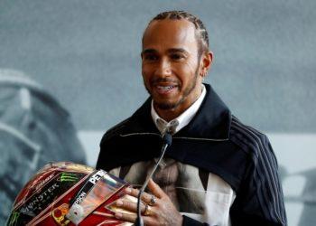 """Mercedes de Lewis Hamilton vuelve a la """"nueva normalidad"""" de la F1"""