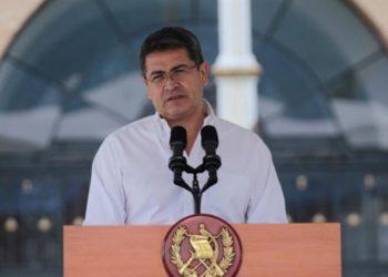 Presidente de Honduras, Juan Orlando Hernández, fue hospitalizado luego de dar positivo al coronavirus. Foto: EFE