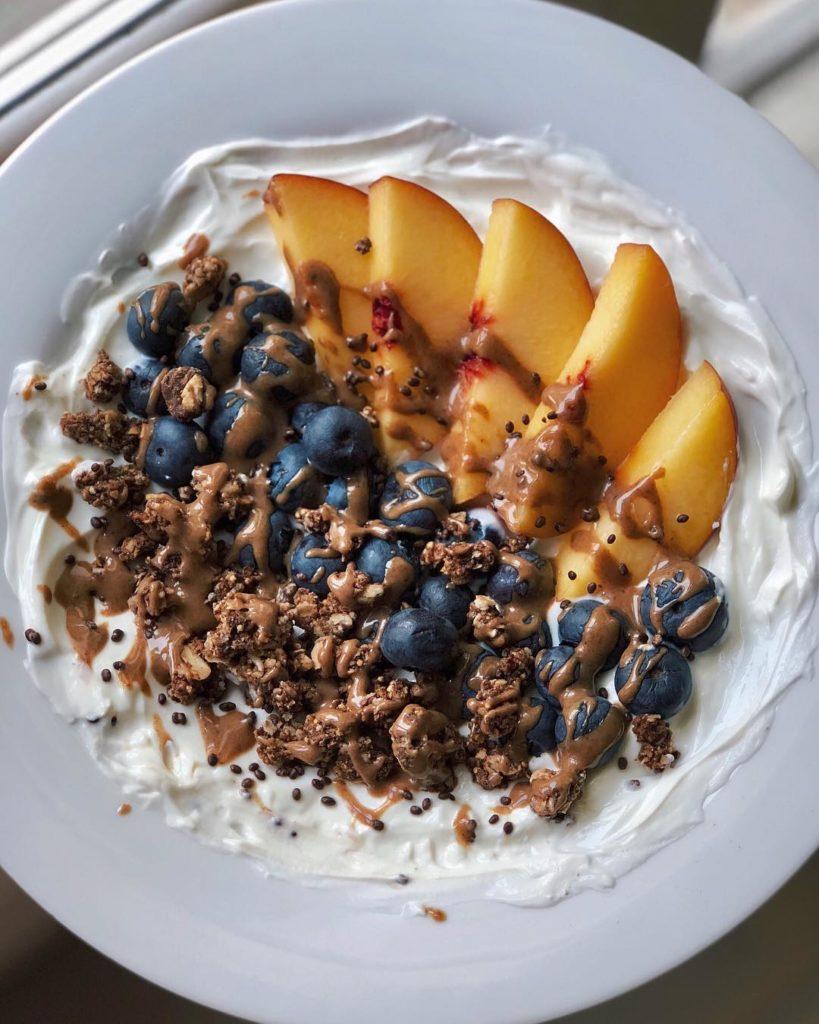 Frutas con crema batida light