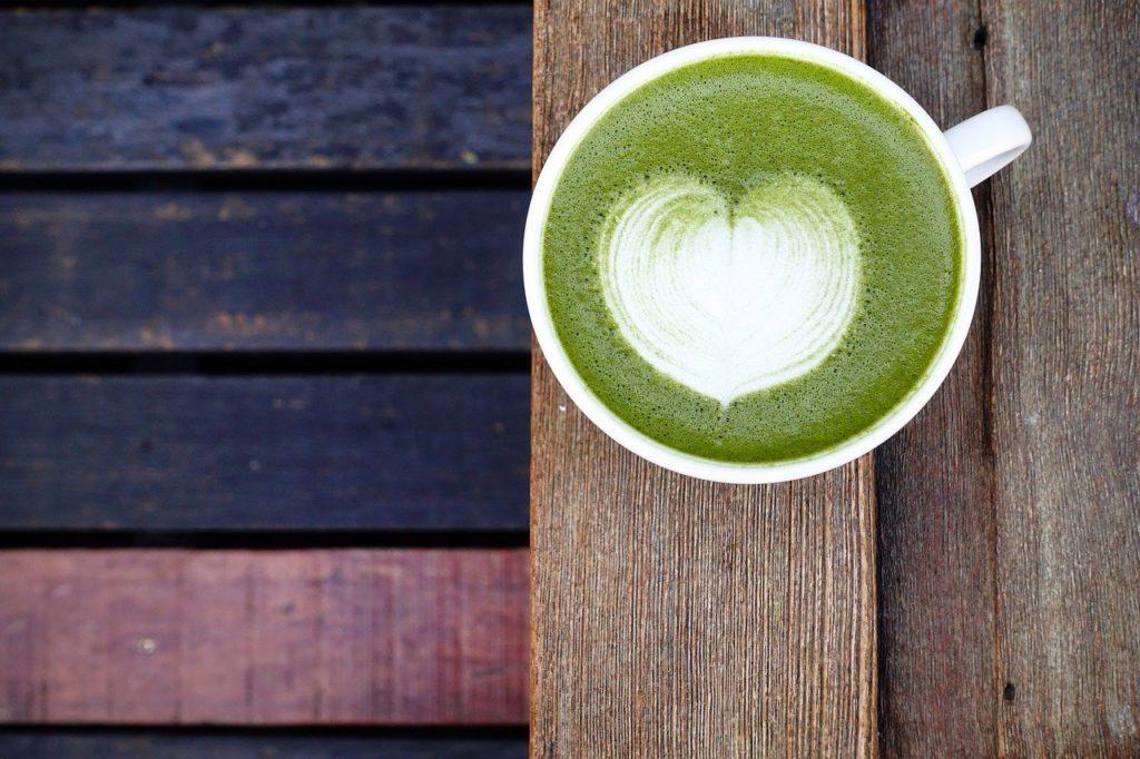 Latte de té verde