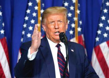 Trump sugiere aplazar las elecciones