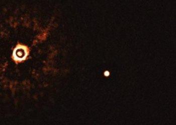 dos exoplanetas