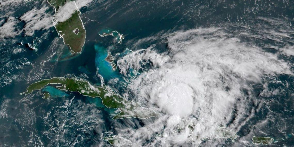 huracán Isaías