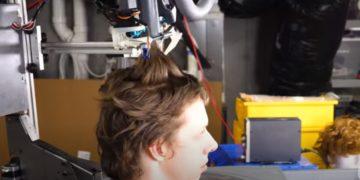 robot corta cabello